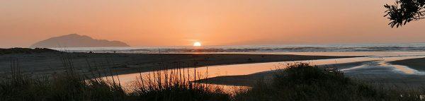 Waikawa Beach sunset by Rodney Inteman.