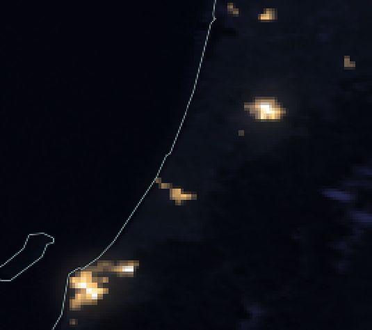 Waikawa Beach is in the dark.