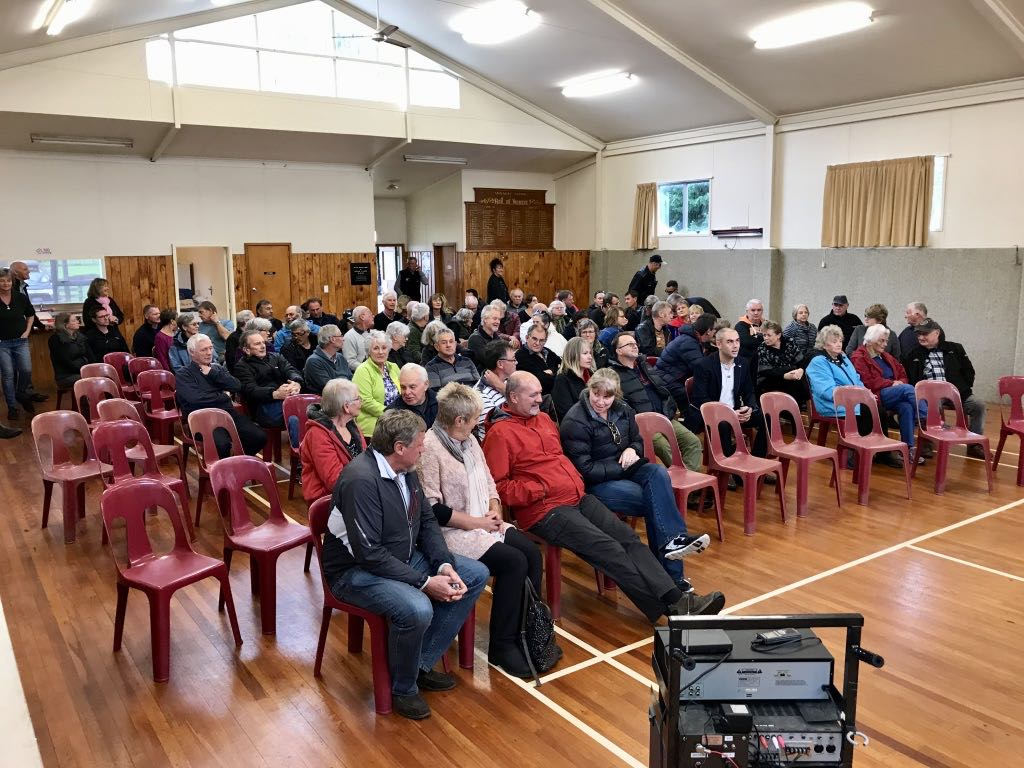 Report on the Public Meeting on beach access 19 May 2018