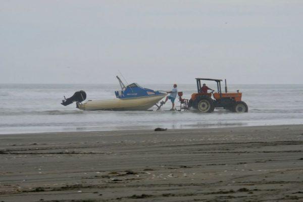 Boat launch at Waikawa Beach.
